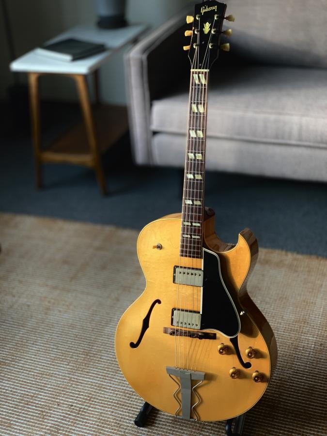 Nitro blemish on a vintage Gibson - value?-b1504234-27f0-4301-a5d9-4b1ef0d05d4f-jpg