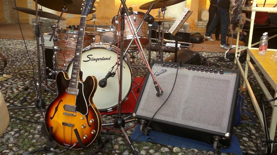 Gibson ES-330 Dream-2013-06-29-252-copia-jpg