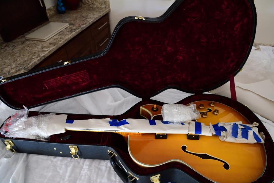 Do I have to remove the bridge when shipping a thinline archtop guitar?-byrd-packed_01-jpg