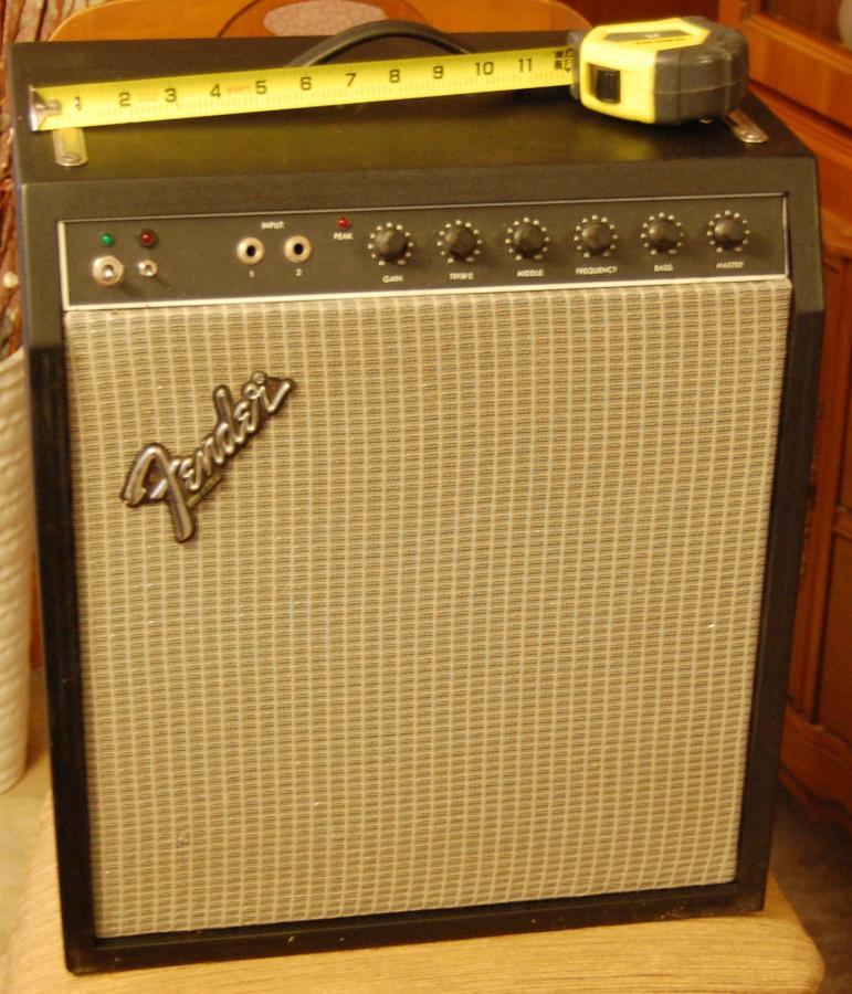 How Many Guitar Amps Do You Own?-dsc_0106-2014_12_09-19_00_43-utc-jpg