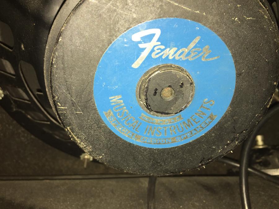 1974 Fender Stratocaster & Silverface Deluxe-img_0336-jpg