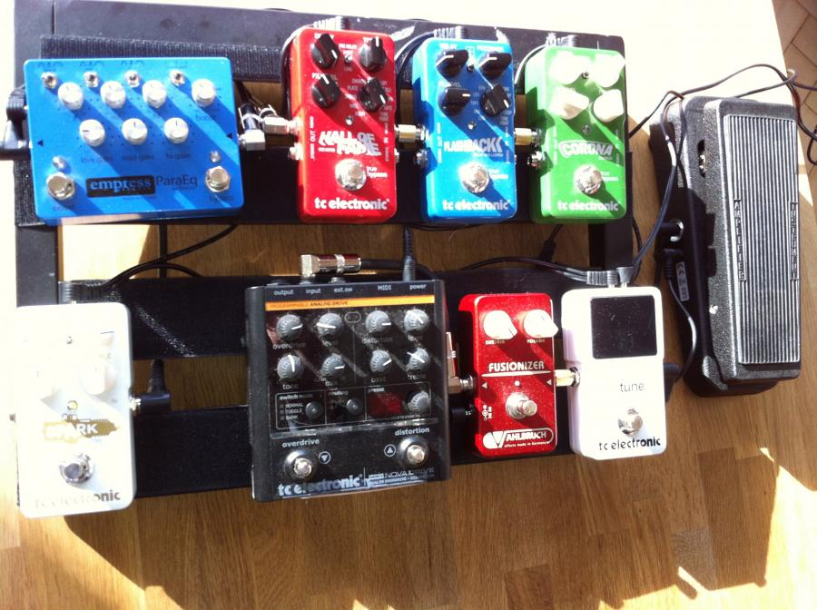Show Your Pedalboards!-img_0845-jpg