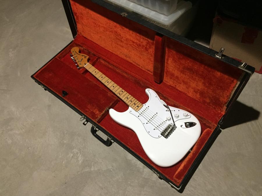 1974 Fender Stratocaster & Silverface Deluxe-img_0394-jpg