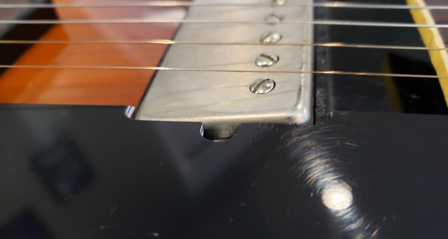 Gibson ES-175 Shape - Normal or Unholy?-side3-jpg