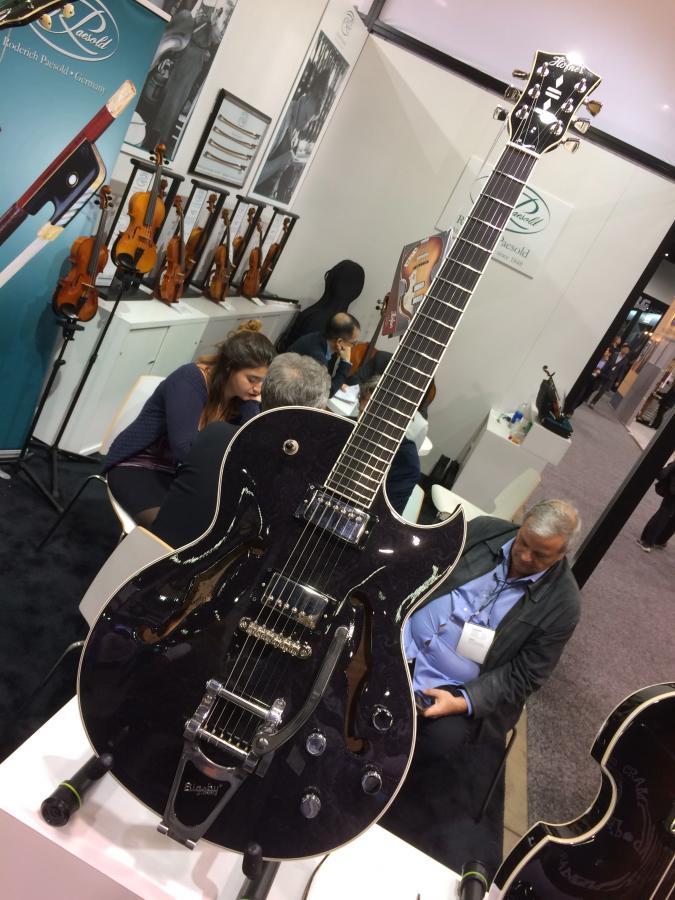 Where are the Hofner full body, (single) florentine cutaway specimens?-18-01-29-namm18_hof_tp_1661x-jpg