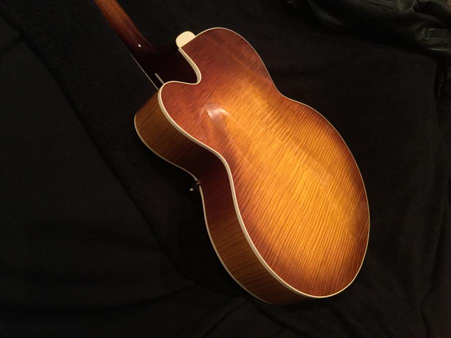 Gibson Solid Formed - Sunrise Tea Burst-9239d5d7-e527-41eb-9afa-eaf46f250191-jpg