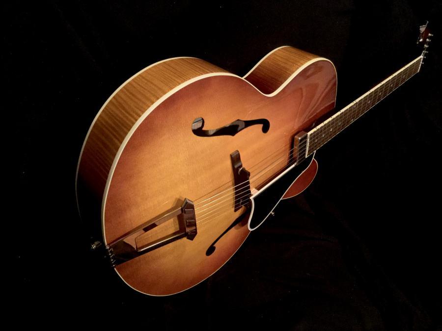 Gibson Solid Formed - Sunrise Tea Burst-bde40393-2ecf-4591-8c37-08a7912f375e-jpg