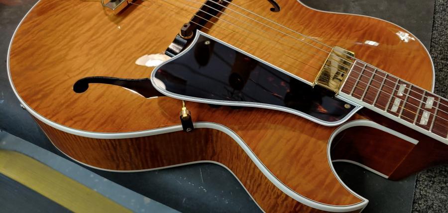 Gibson ES-165 with BJB-9a23d762-aa5d-4ecc-a8f6-98b85574c450-jpg