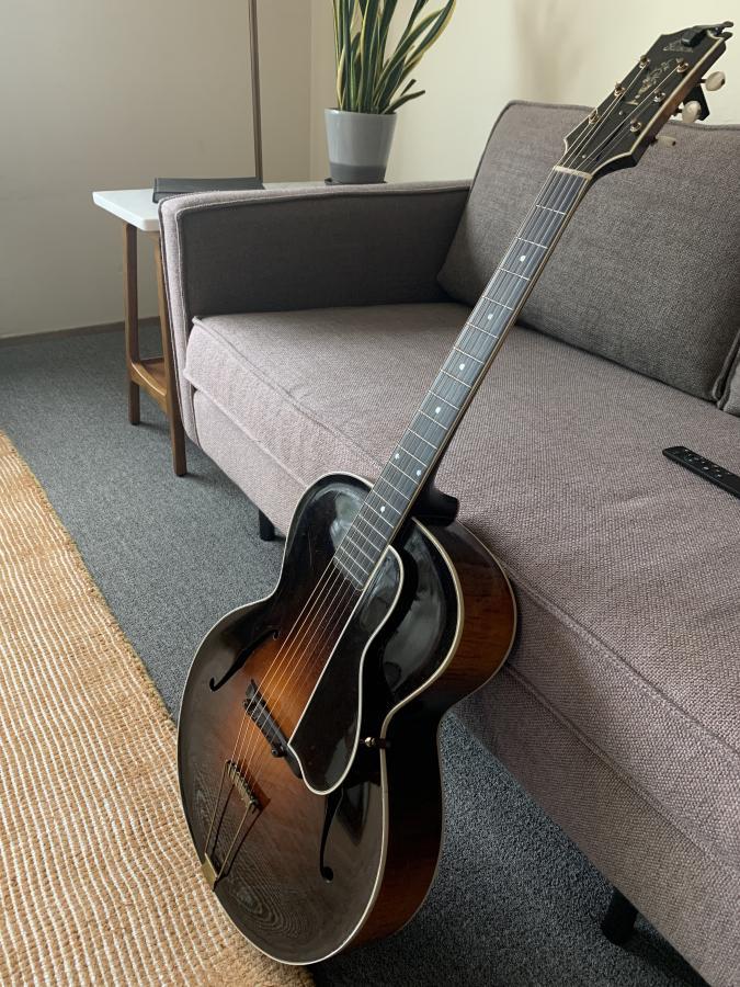 The Venerable Gibson L-5-60713597087__7d53df06-21f7-4809-9ca4-c6b92578558d-2-jpg