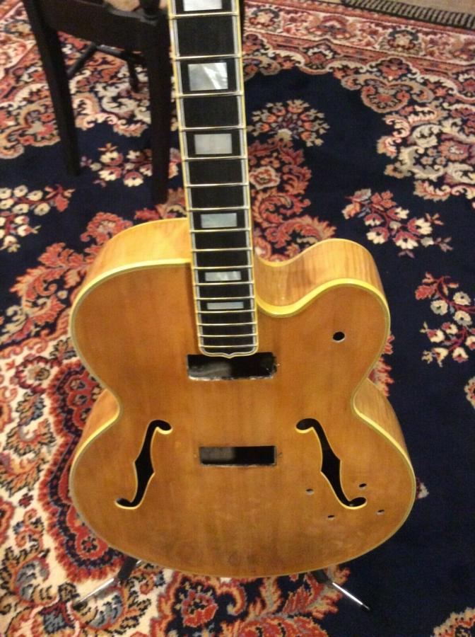 The Venerable Gibson L-5-fd255df8-6d74-4a46-89ce-cf873fd0518a-jpg