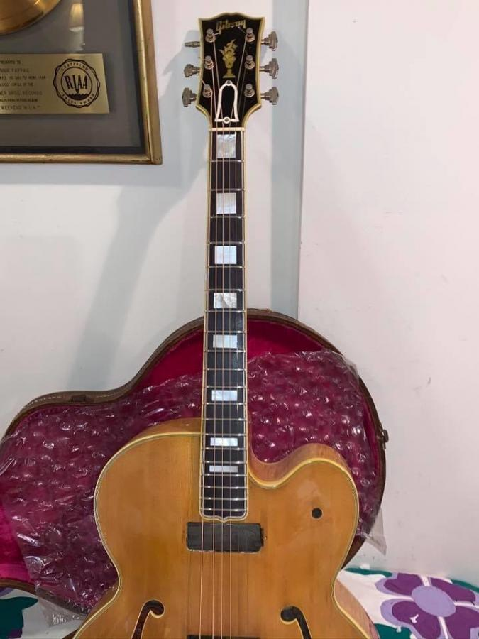 The Venerable Gibson L-5-3a942a94-2a8b-4970-a697-11cedea696d3-jpg