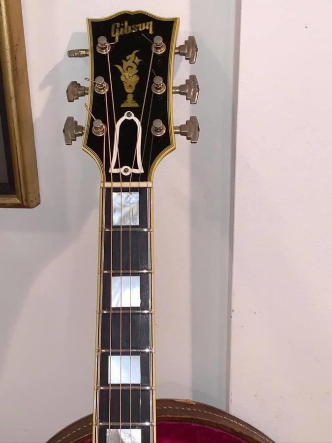 The Venerable Gibson L-5-b067f498-7943-4189-8ba7-75bdd04e9ab6-jpg