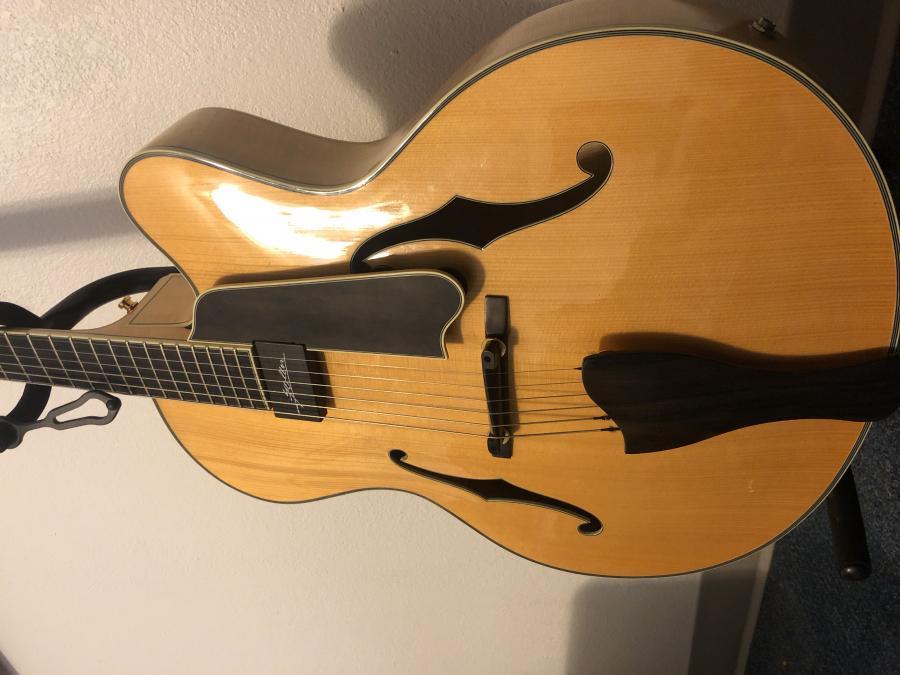 Eastman AR810CE Blonde (old-school)-4b96c240-b198-4cf6-9ddc-e56426180e16-jpg