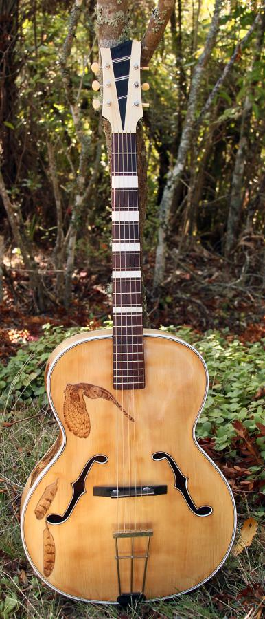 Rescued what I think is an old Antoria archtop from around 1950-003-copy-jpg