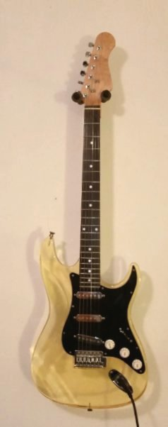 Tonewood matters for solid bodies-clear_strat_f-jpg