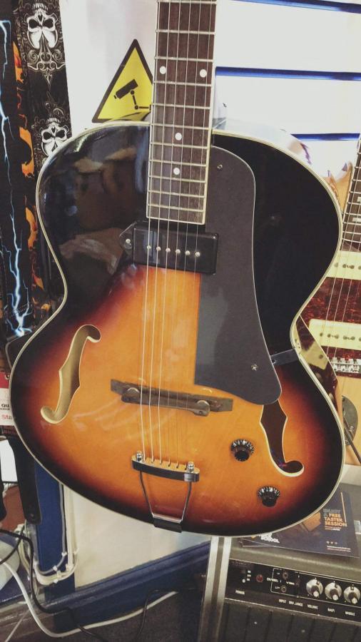 Alden A150 (Gibson ES-125 Clone)-fb_img_1590617159201-jpg