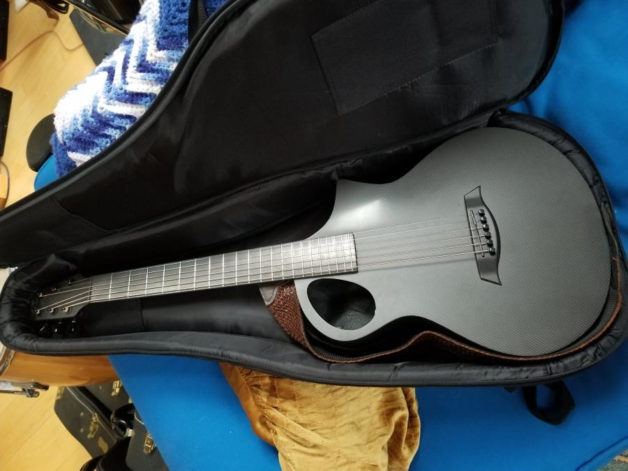 Small Acoustic Jazz Guitar?-20200608_073646-jpg