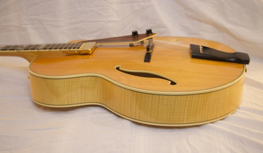 Terada Guitars-0896662a-7c88-4ba8-b7e1-119975ae02bd-jpg
