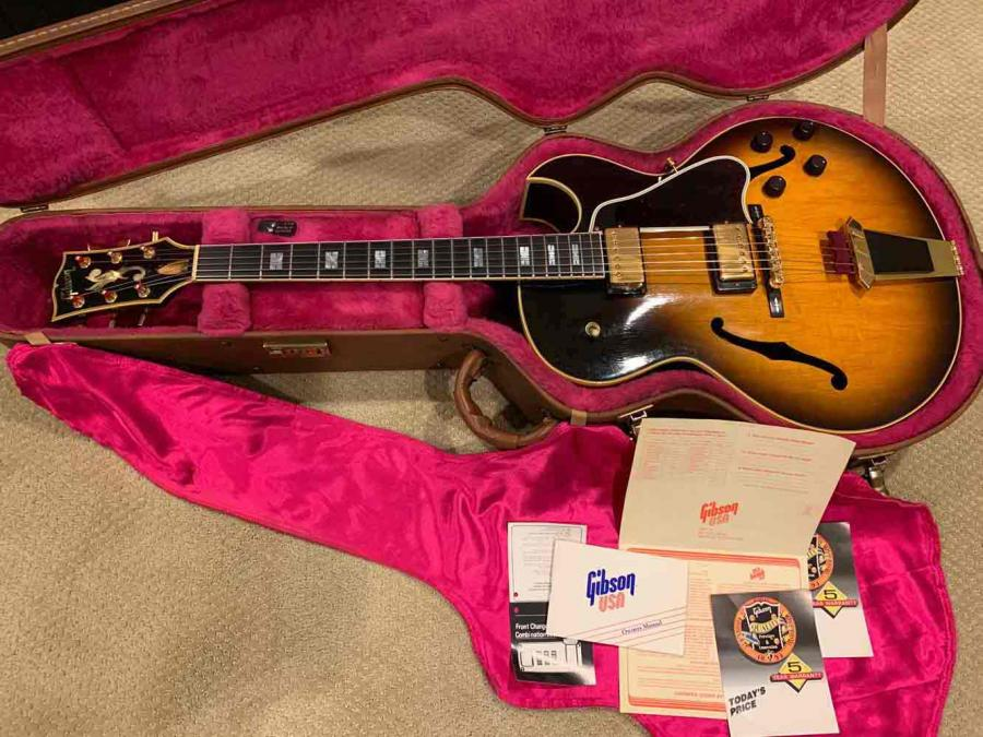 Dumb Questions on Playing a Gibson ES-175-es-775-jpg