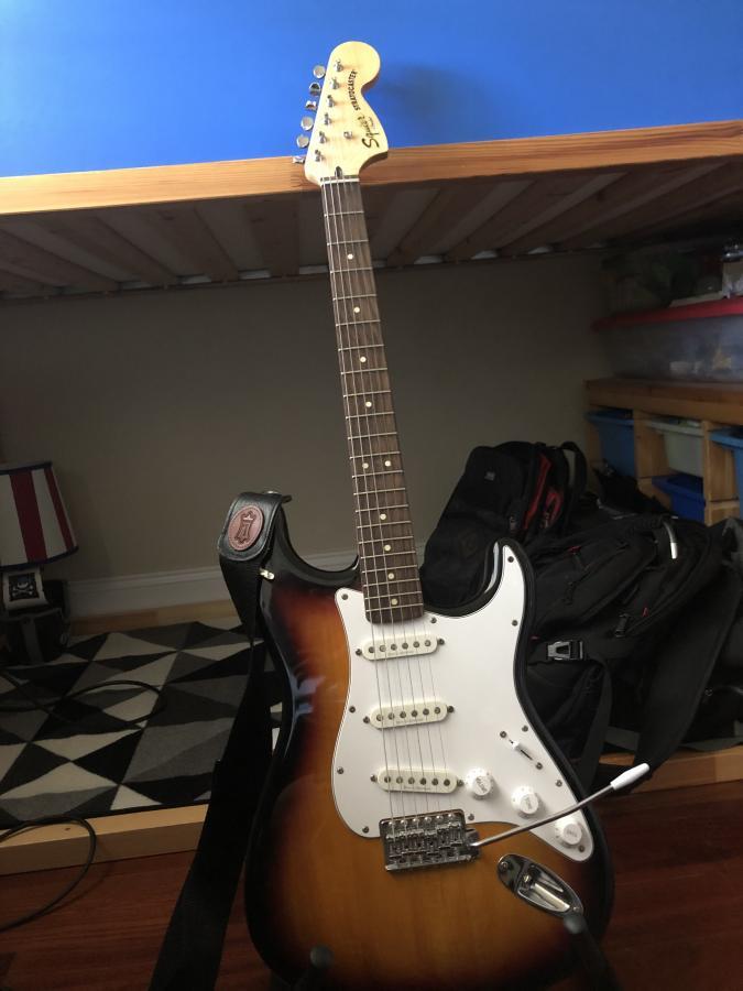 Modding my Squier Stratocaster-squier-stratocaster-jpg