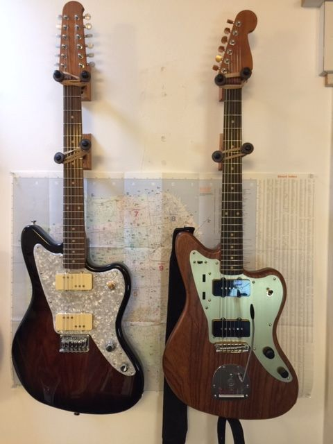 The jazzmaster Shape – is it really that comfortable?-img_1907-jpg