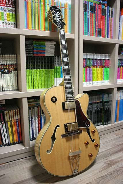 Best Jazz Guitar Under 00-epiphone-joe-pass-emperor-jpg