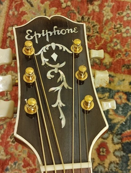 '40s and '50s Epiphone Broadway-1945-epiphone-broadway-headstock-jpg