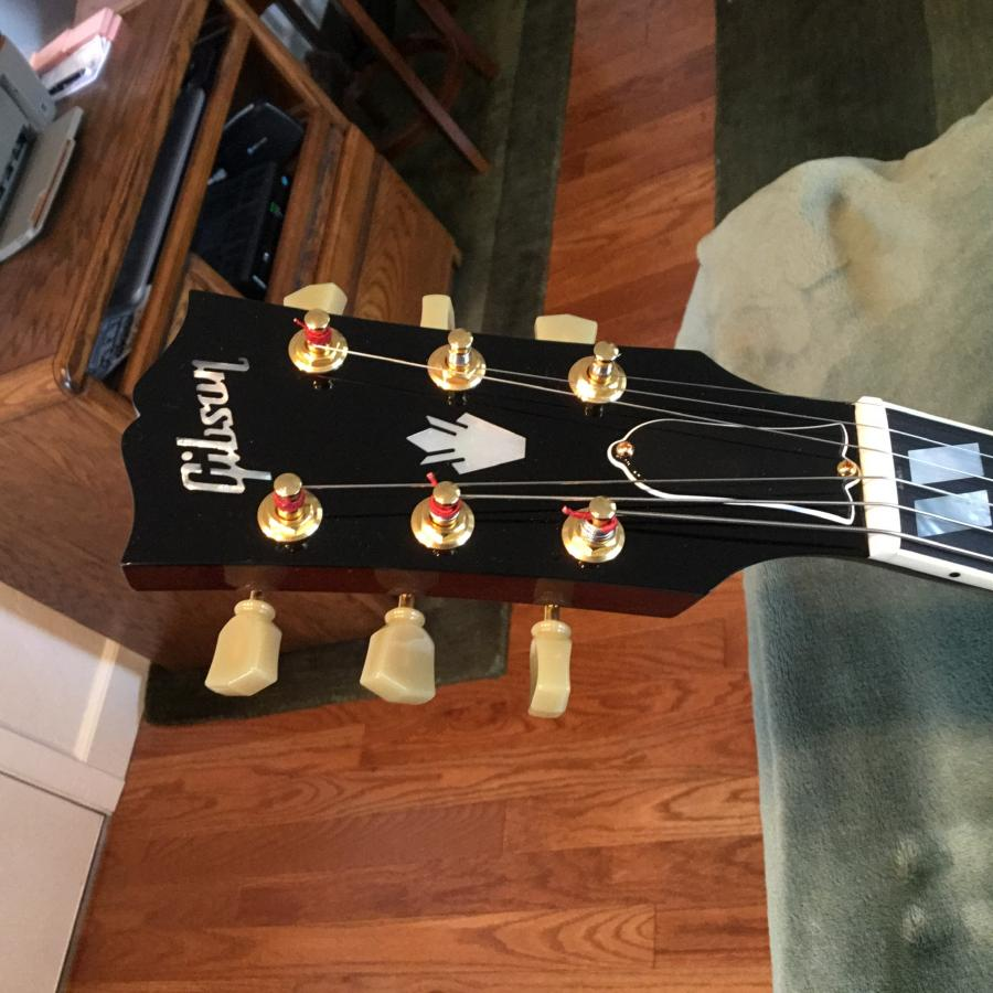 Maple Laminate Back and Sides on 1999 Gibson L-4 CES-d67abe26-0cb5-4cf9-b30e-e1beec3c9d5a-jpg
