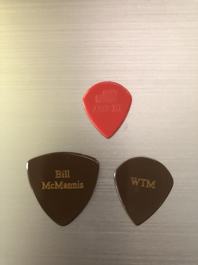 That  Guitar Pick (Blue Chip) - A Comparison-50cc2e6b-cc7e-4ef5-ae32-16cd1372c1c8-jpg
