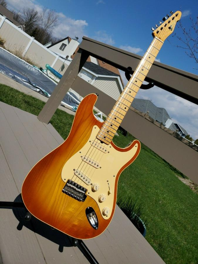 I was never a strat guy, but....-s-l1600-jpg