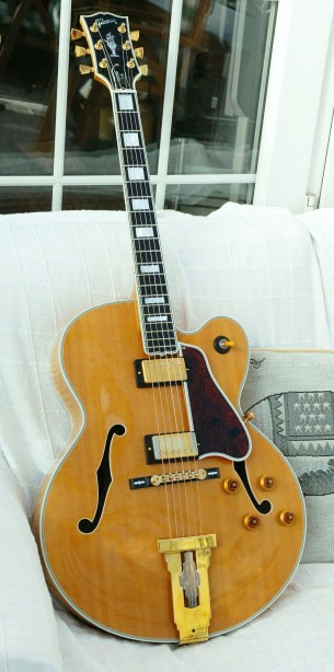 Demoing my new Gibson L-5 CESN from 1996-l5-sitting-sofa-jpg