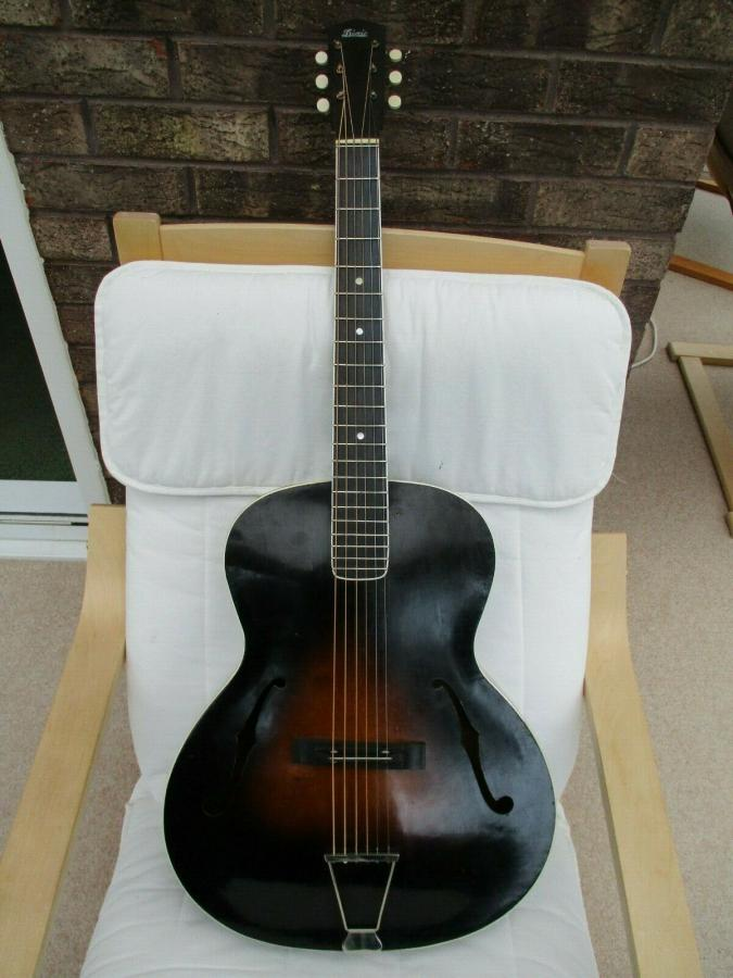 Help me identify this old archtop-dixie_01_01-jpg