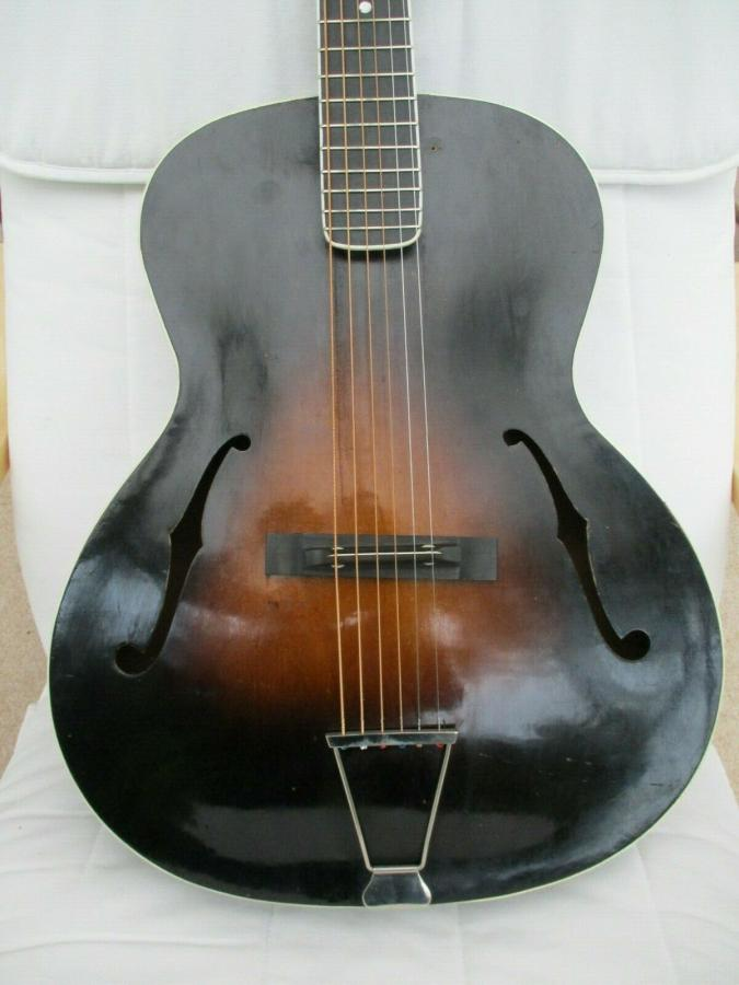 Help me identify this old archtop-dixie_01_02-jpg
