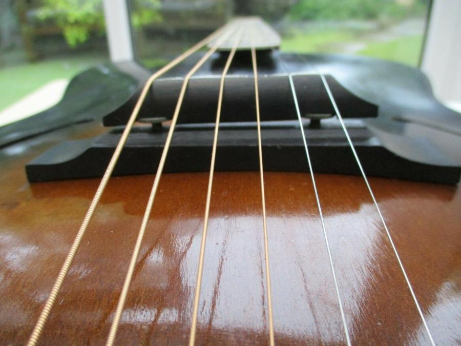 Help me identify this old archtop-dixie_01_09-jpg