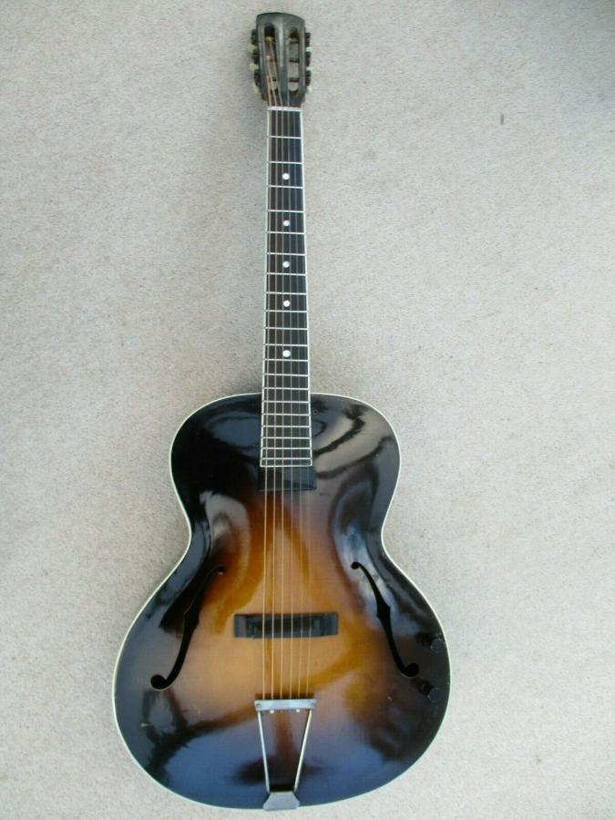 Help me identify this old archtop-schonbach_nn_29_01-jpg