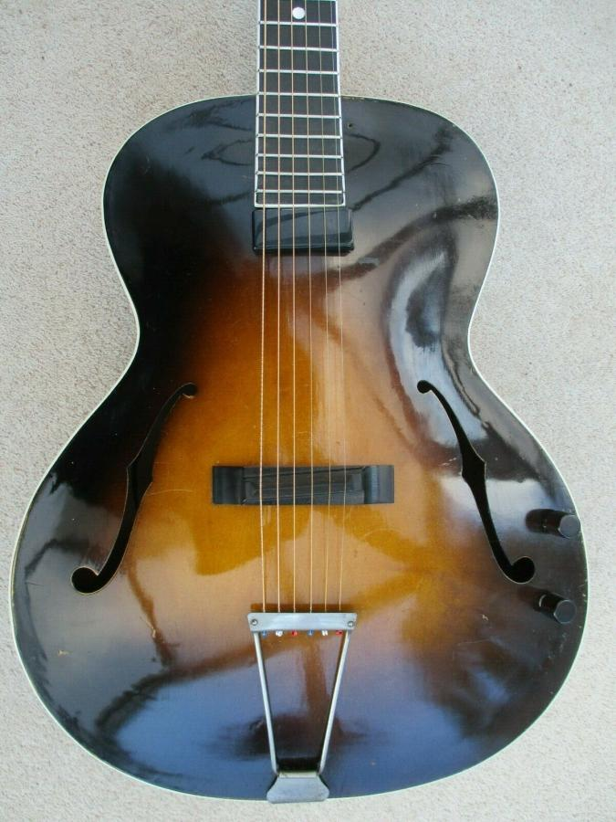 Help me identify this old archtop-schonbach_nn_29_02-jpg
