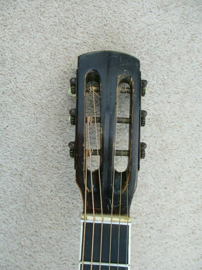 Help me identify this old archtop-schonbach_nn_29_04-jpg