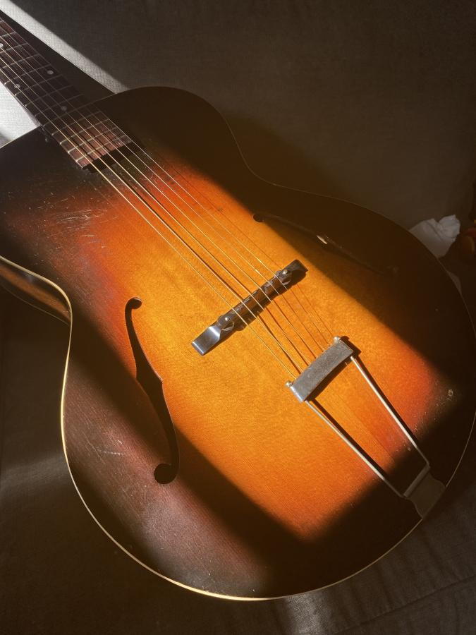 Gibson L-50 and Thumb Pain-img-9671-jpg