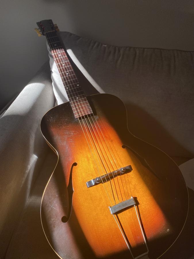 Gibson L-50 and Thumb Pain-img-9669-jpg
