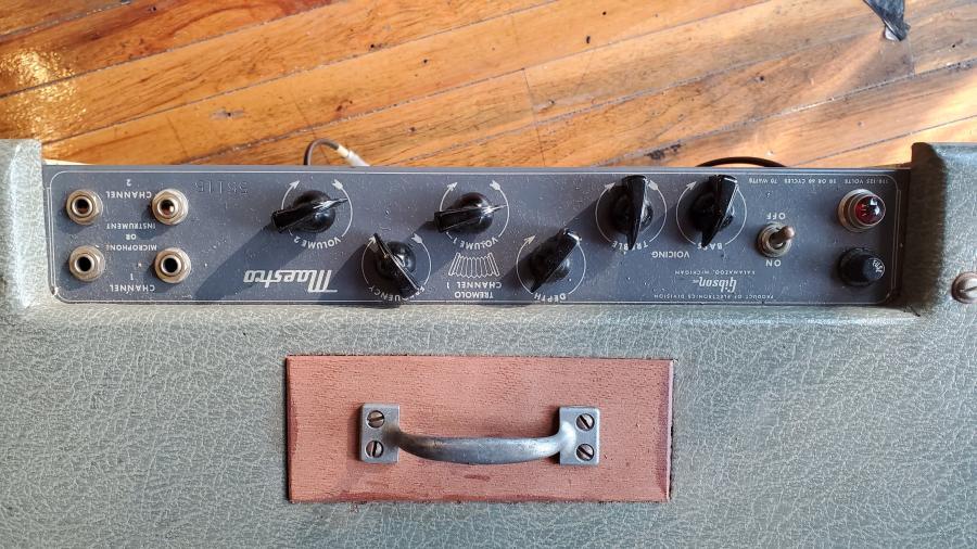 Gibson Maestro GA-45T Amp-gibson-maestro-top-closeup-jpg