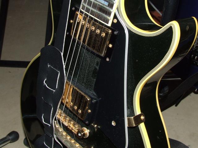 Show Me Your Black Archtop-74-les-paul-custom-jpg