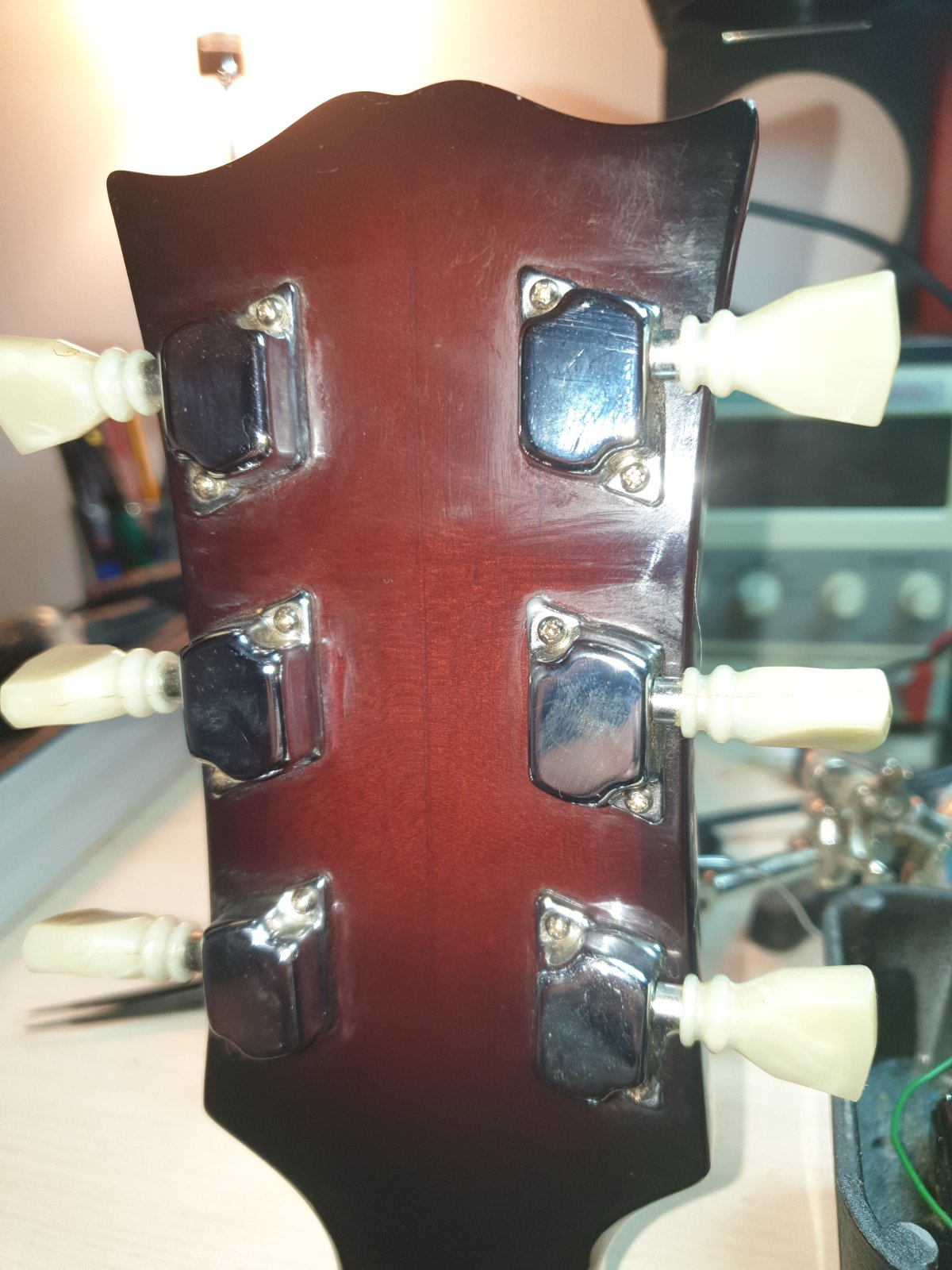 Japanese 175 type - is there something off?-03-headstock-jpg