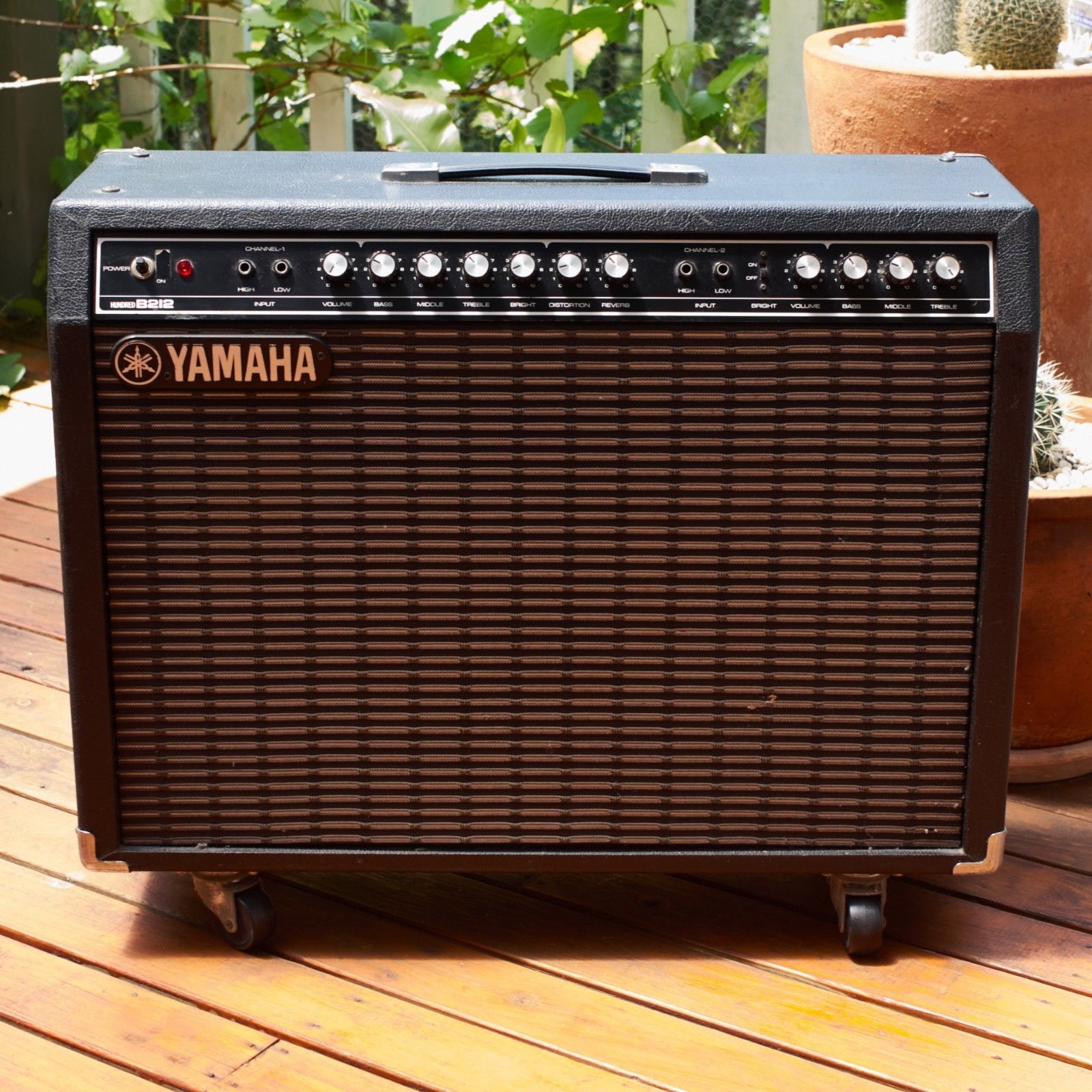 How Many Guitar Amps Do You Own?-yamaha-g100-jpg