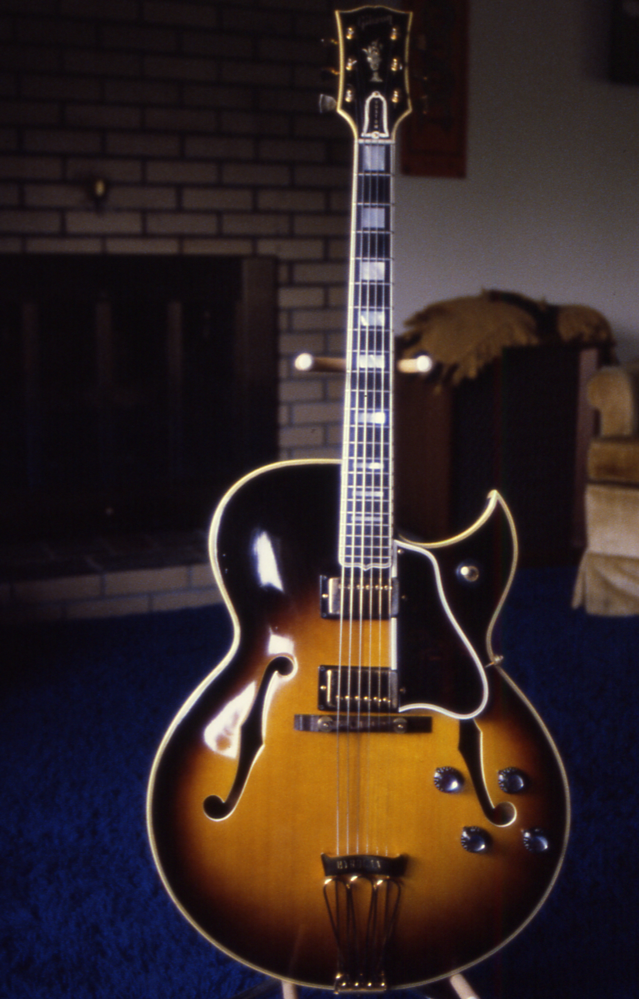 Is this a fake Gibson?-front-1966-2-jpg