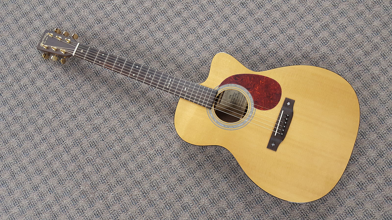 Retail therapy...bought a Martin 000-qby8juio4uzaanmbichp-jpg