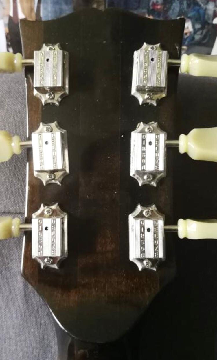 Necks of the mahogany era ES-175s-e6564081-c56c-4888-89ff-7a887a05d53d-jpeg