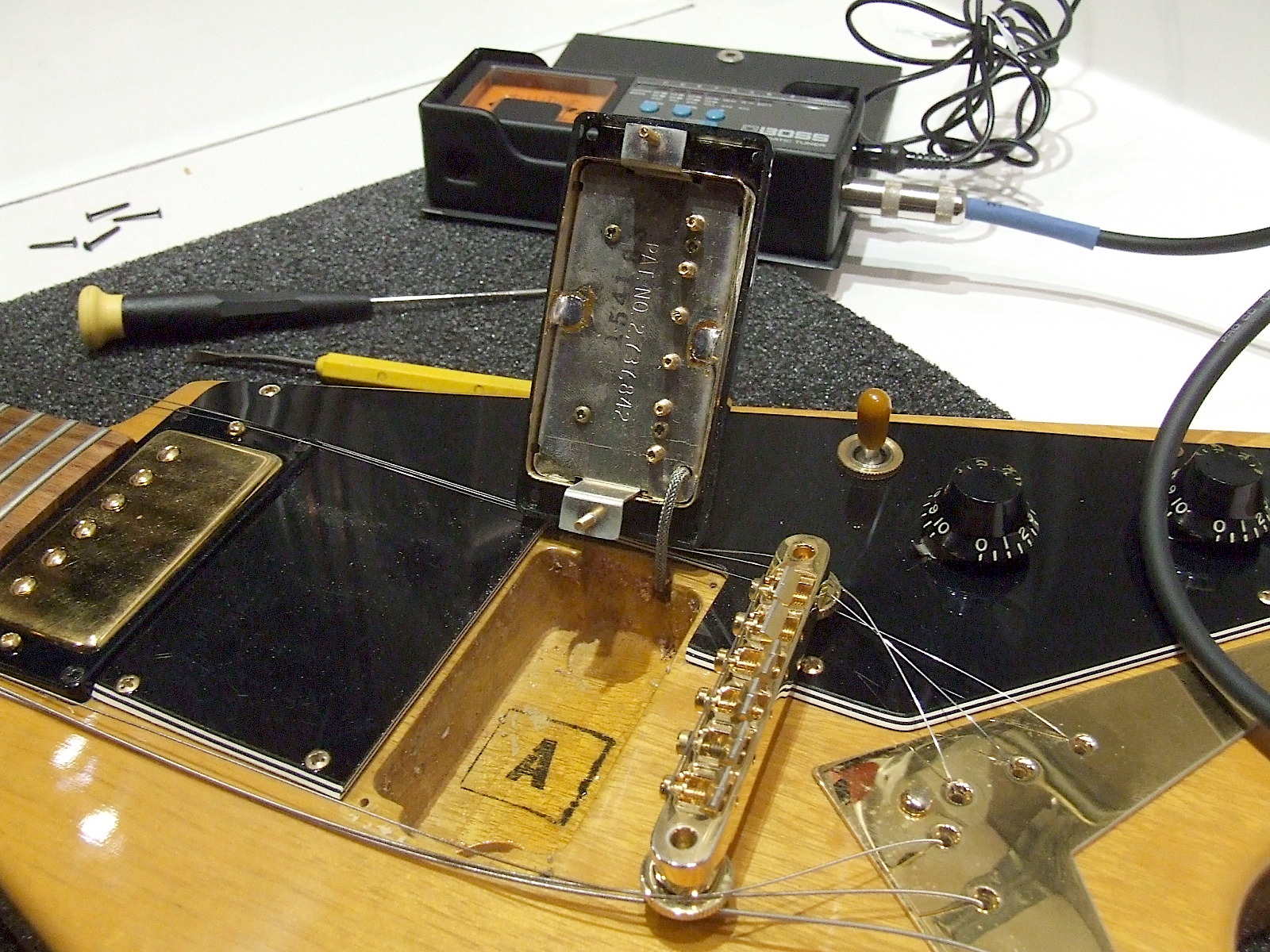 Gibson ES-175 Nat Mahogany 1984-shaw-pickup-v-korina-jpg