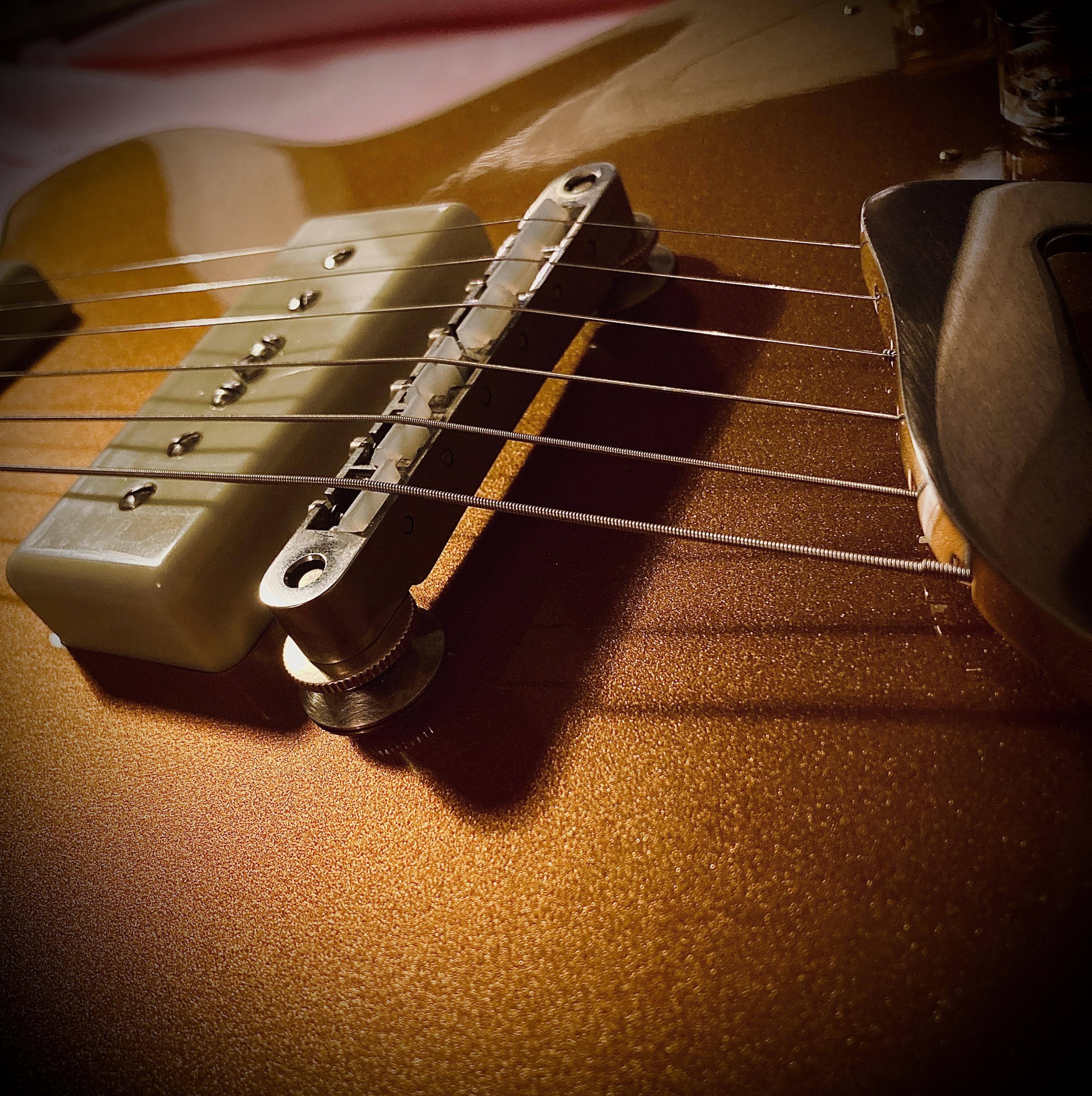 The definitive list of hollow body guitars with P90 Pickups-1227fd27-c624-4ad9-ba06-7fd1e3036347-jpg