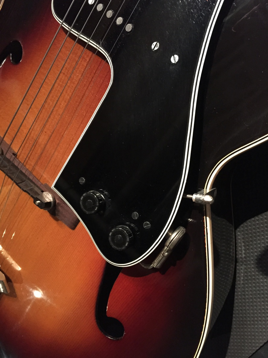 New (Old) Guitar Day - 1953 Gibson L-7C-new-knobs-installed-jpg