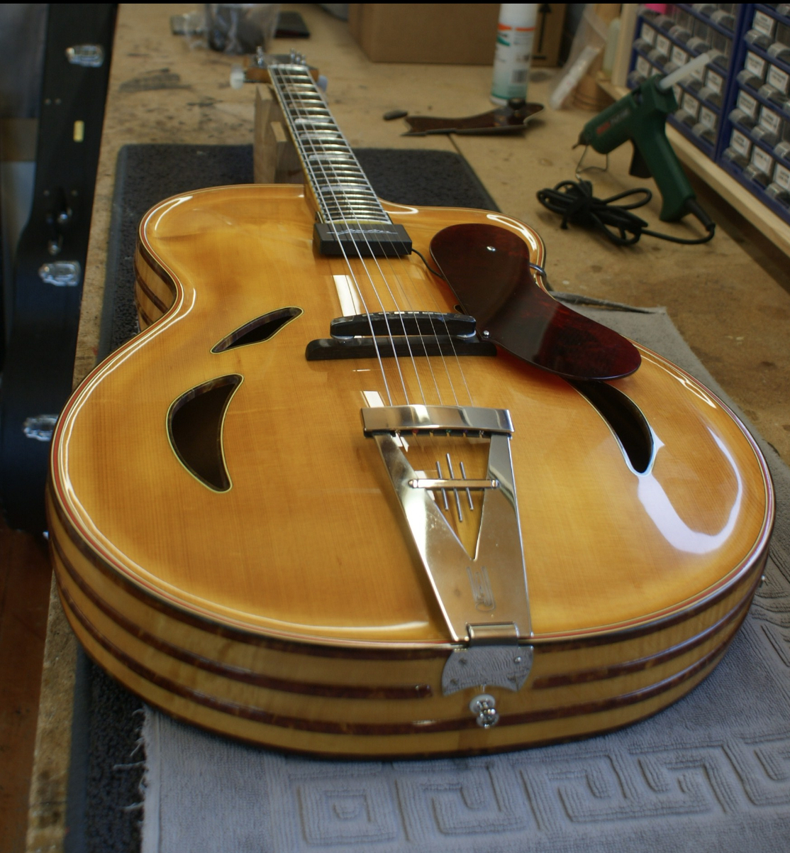 Tradition in guitar building/design-lang-zoller-1-jpg